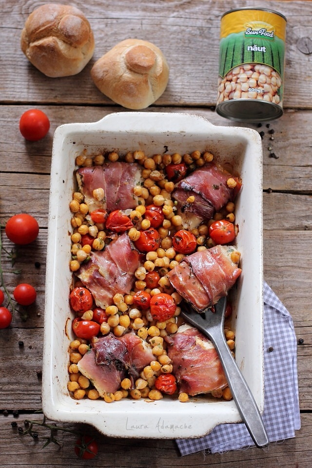 Piept de pui la cuptor cu naut si rosii Sunfood detaliu