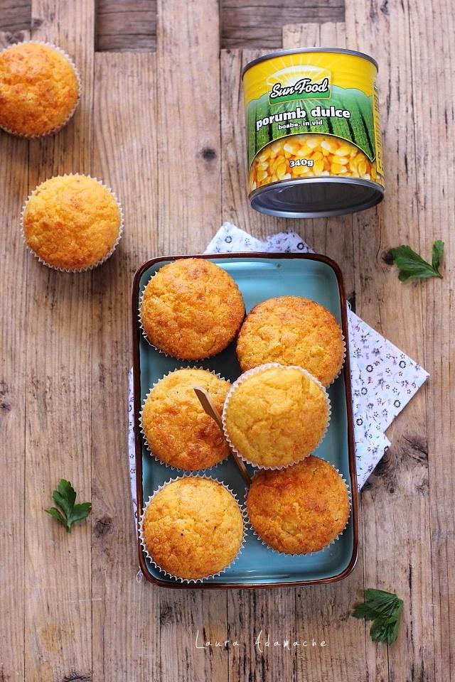 Muffins cu malai, porumb dulce SunFood si cascaval preparare