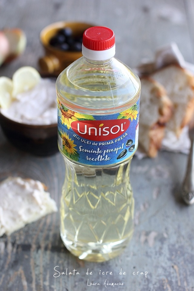 Salata de icre de crap detaliu ulei Unisol