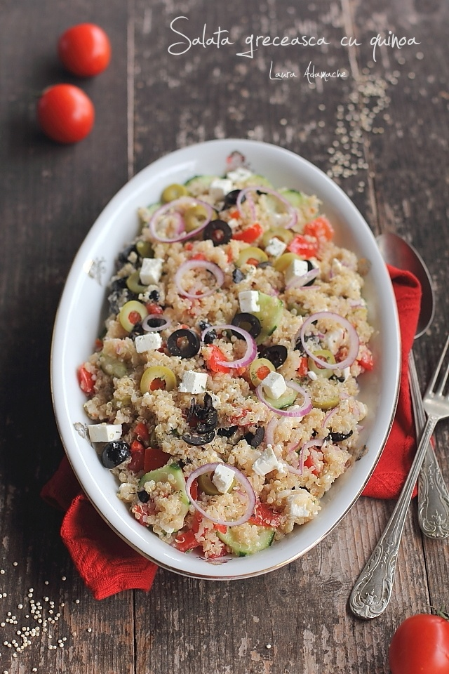 Salata greceasca cu quinoa detaliu