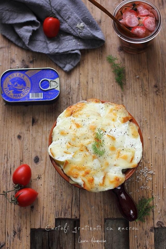 Cartofi gratinati cu macrou detaliu