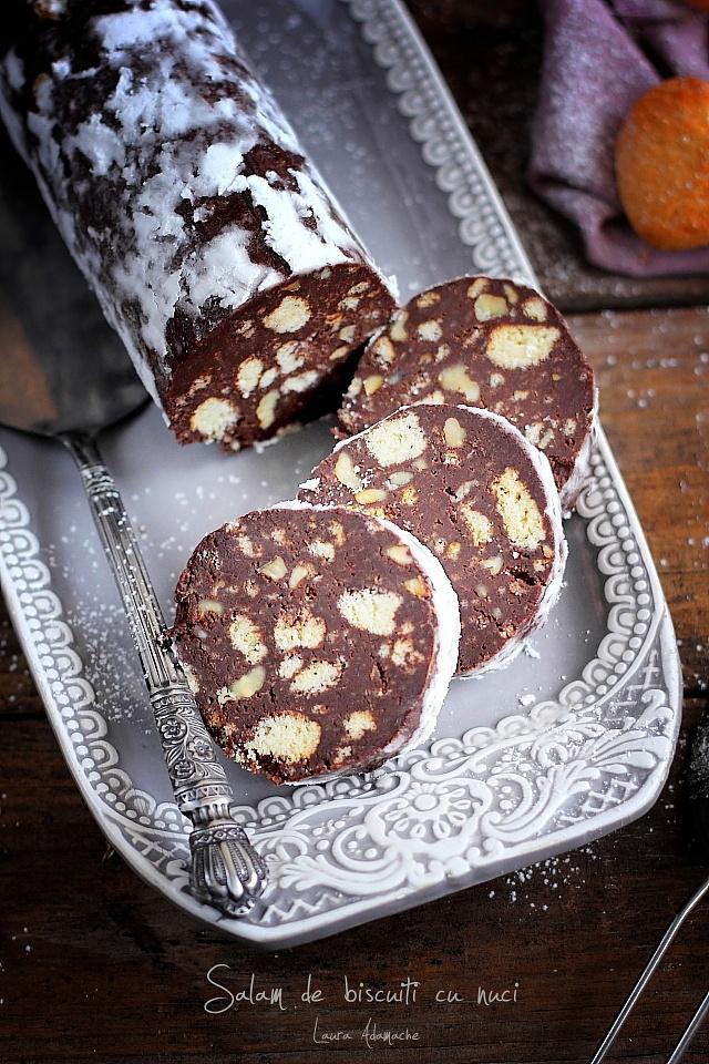 Salam de biscuiti cu nuci detaliu sectiune