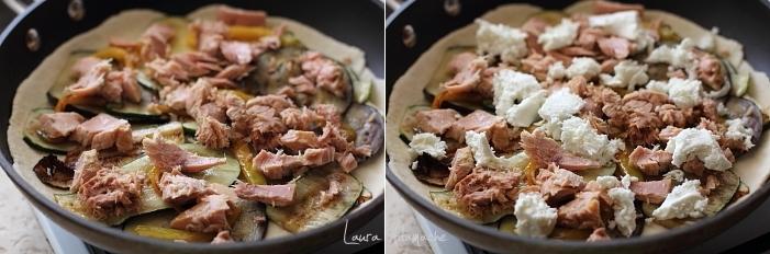 Placinta la tigaie cu ton si legume coacere