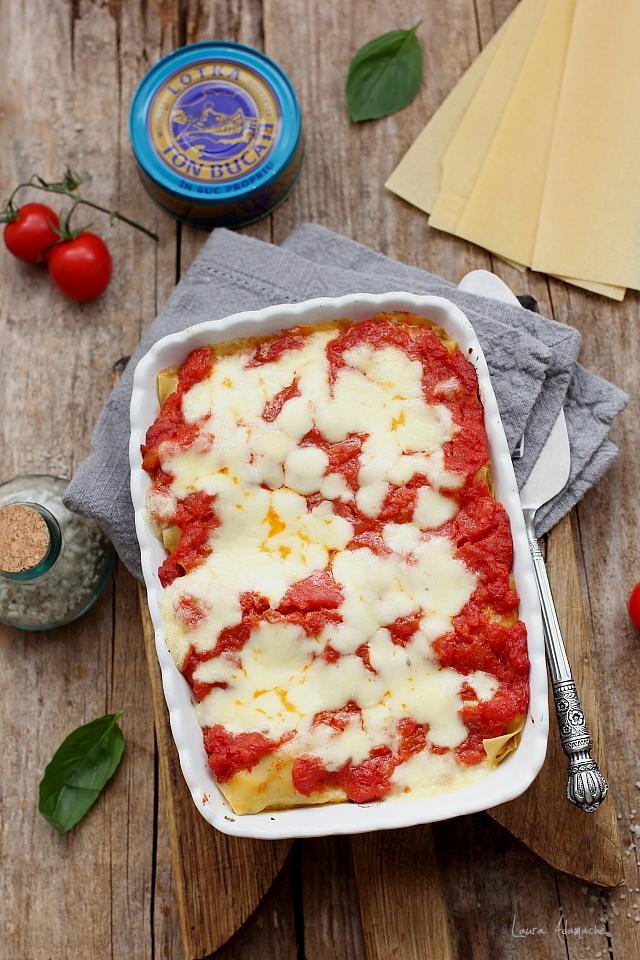 Cannelloni cu ton si mozzarella detaliu