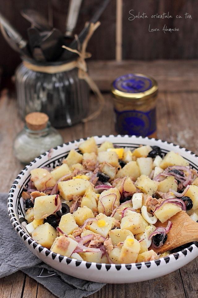 Salata orientala cu ton detaliu