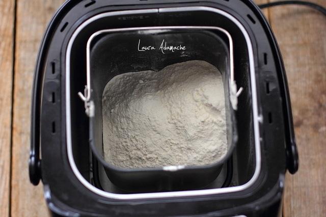 preparare chec lamaie la masina de paine heinner