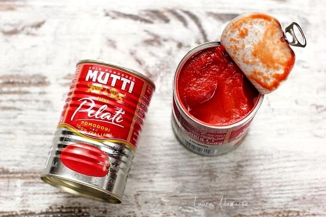 Rosii decojite Mutti pentru mancare