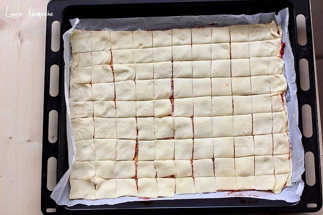 Preparare aperitiv cu foietaj