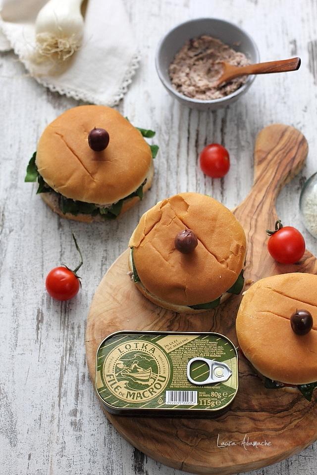 Sandvis cu spanac si macrou detaliu