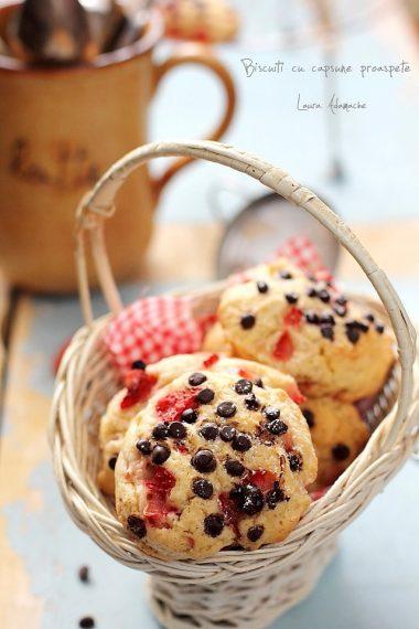 biscuiti-capsune-proaspete