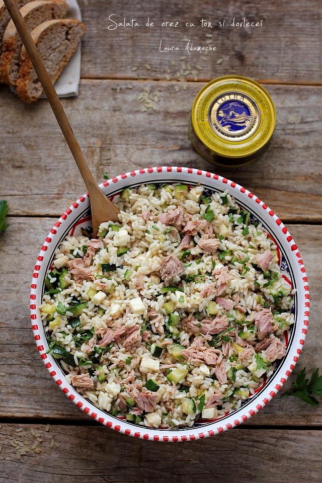 Salata de orez cu dovlecei si ton detaliu