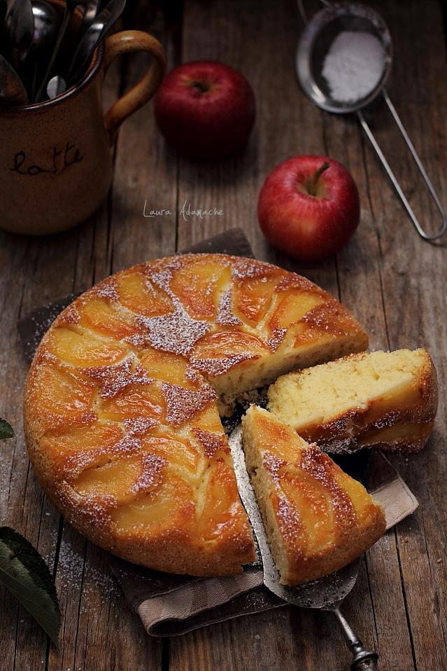 felii prajitura cu mere in tigaie
