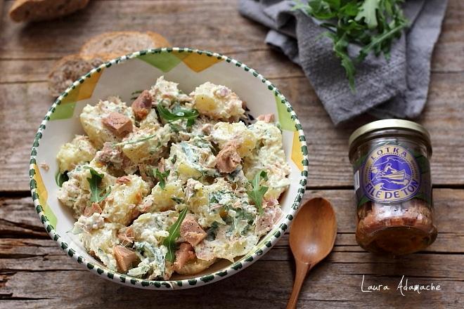 Salata de cartofi in bol