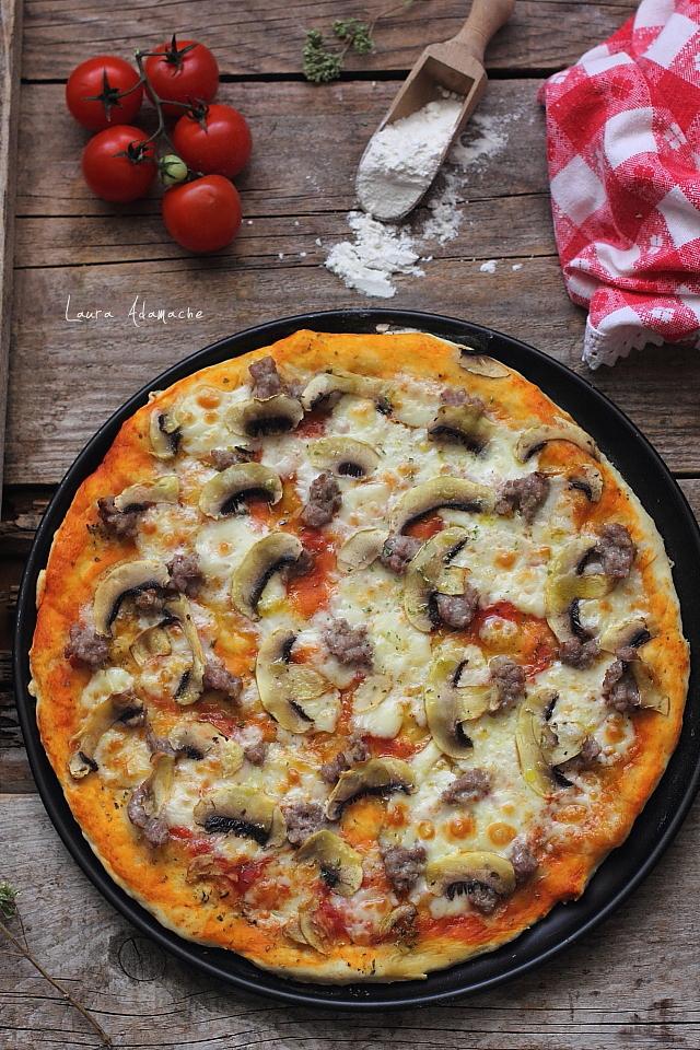 pizza pufoasa cu praf de copt