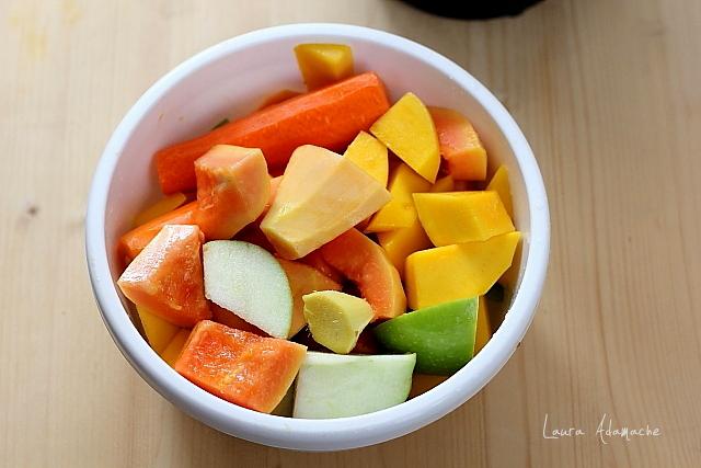suc cu mango si papaya detaliu
