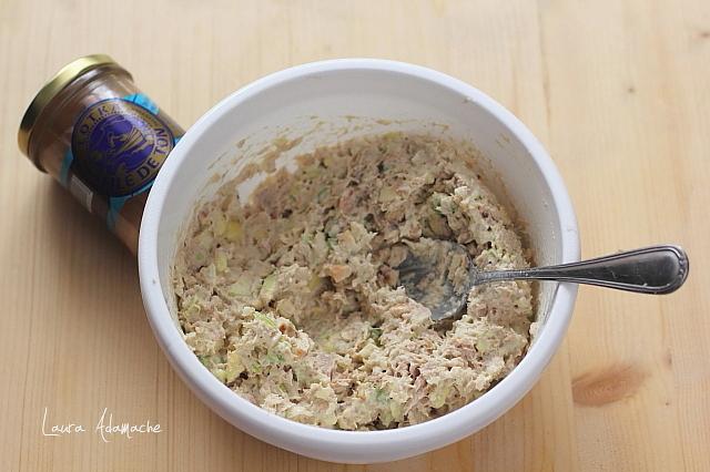salata de ton si avocado preparare